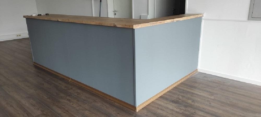 Holzmöbel vom Spezialisten für Metallkunst
